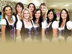 Теперь в Германии на приеме у стоматолога обезболивают с помощью глубокого декольте.